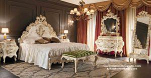 Tempat Tidur Classic Palace