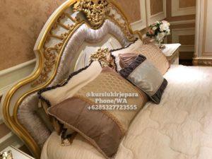 Tempat Tidur Mewah Victoria